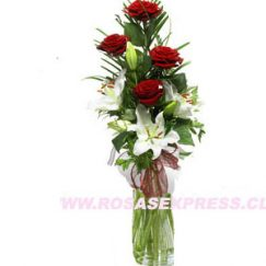 1841 Florero de 04 Rosas y Liliums